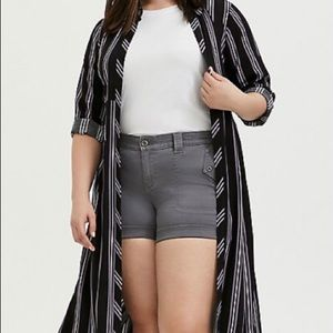 TORRID BLACK MULTI STRIPE CHALLIS DUSTER SHIRT